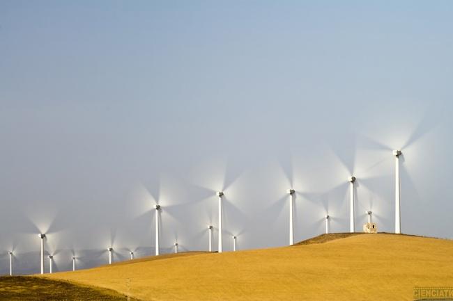 BID: América Latina necesita menos energía y más política