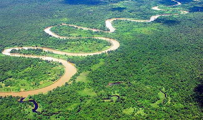 La nueva geografía amazónica: entre la globalización y el regionalismo