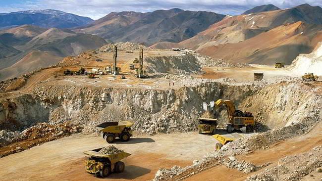 Razones de hierro: la nueva globalización en materias primas